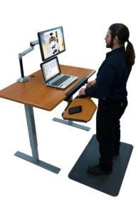 elevon-on-ellure-with-standing-mat