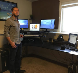 Damon - Desk Converters
